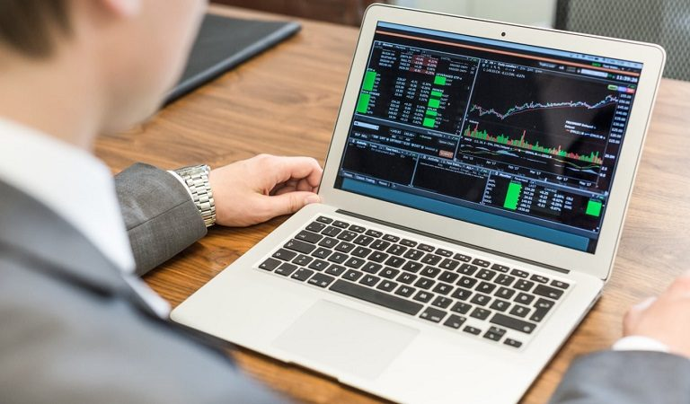 Trading Options Online – A Method For Day Trading Online